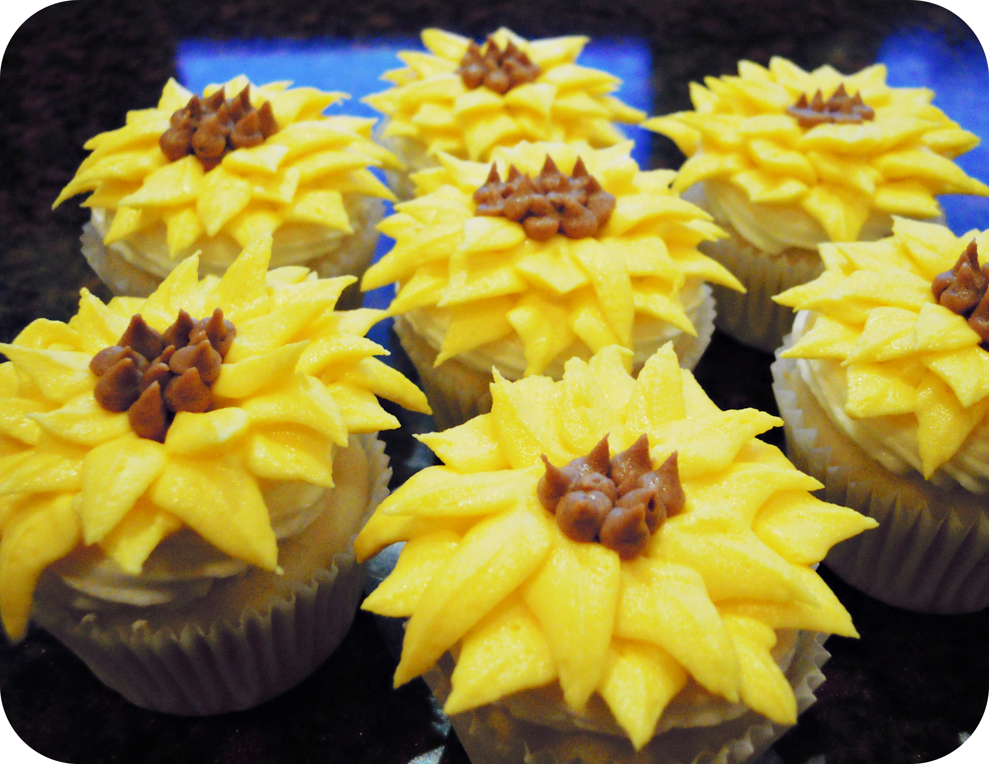 how to make sunflowers out of fondant
