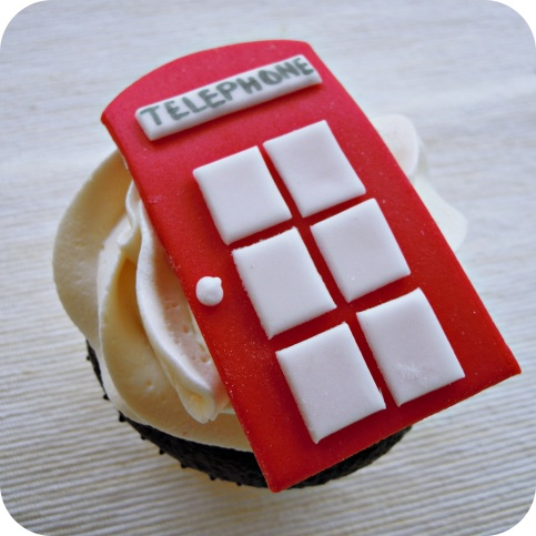 Telephone Booth Cupcakes