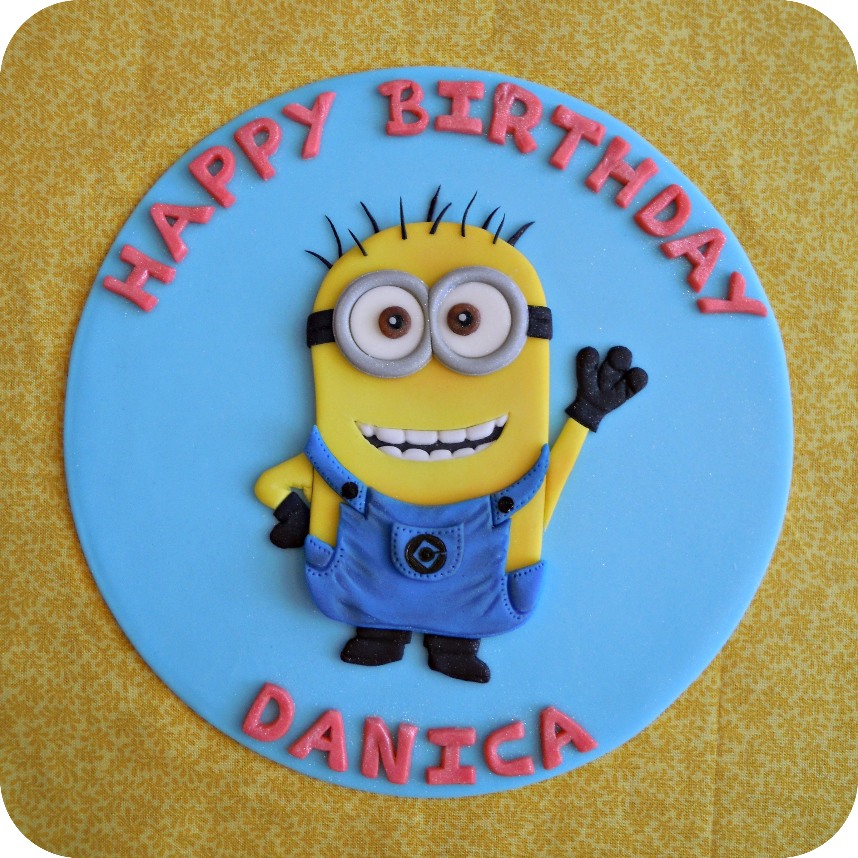 Minions exhibit b fondant cake topper baditri Image collections