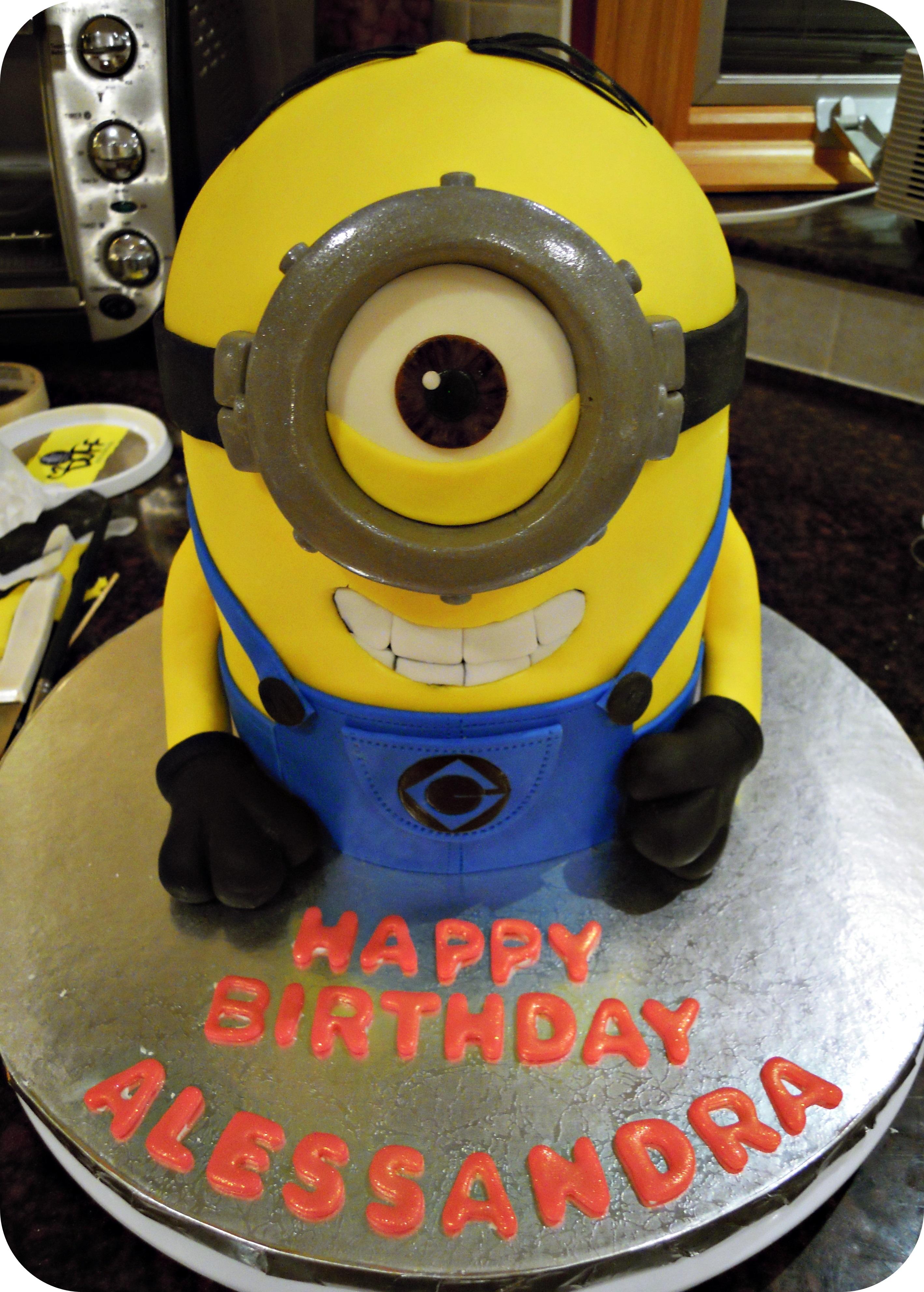 Minions - Cake decorations minions ...