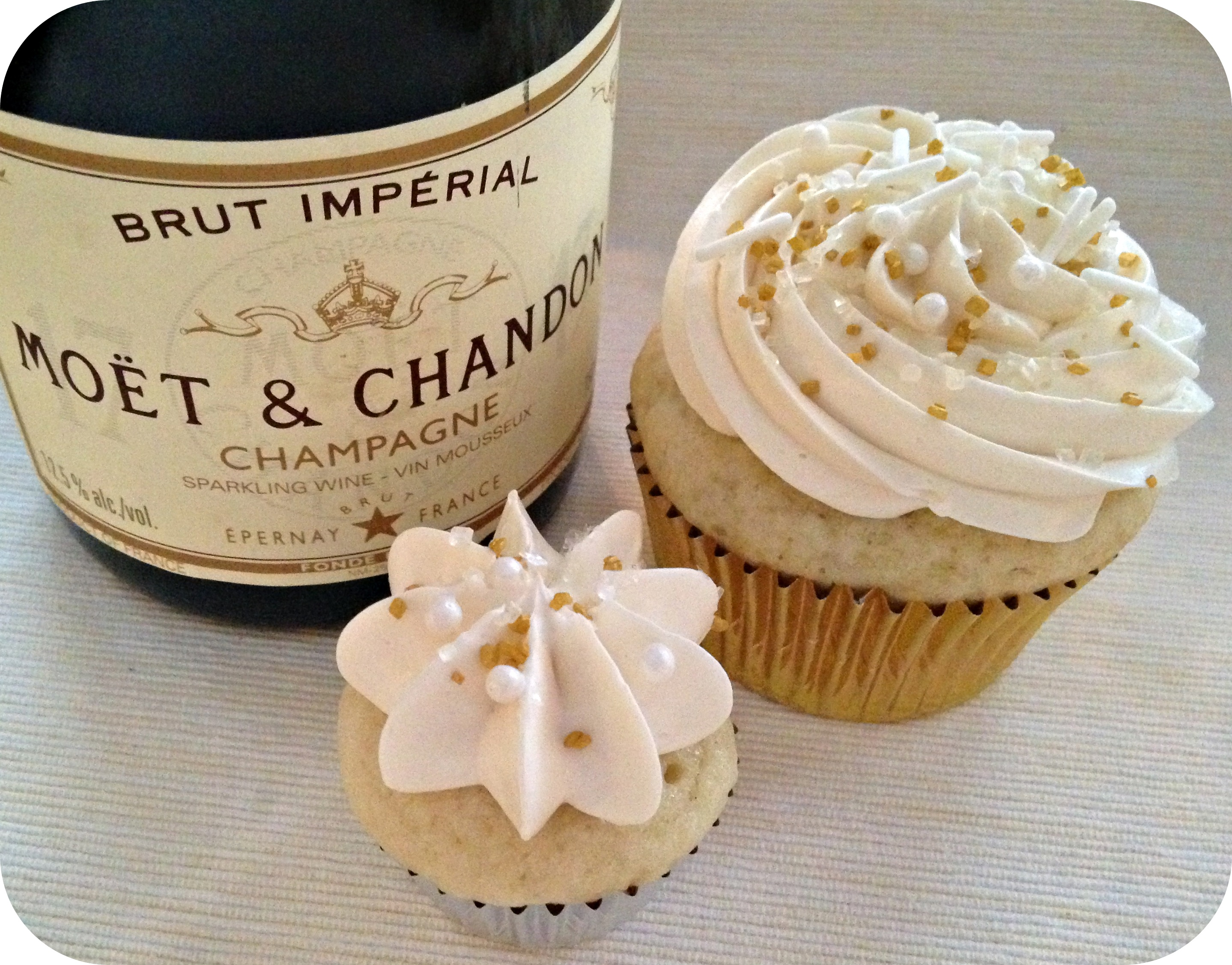 Champagne Cupcakes |
