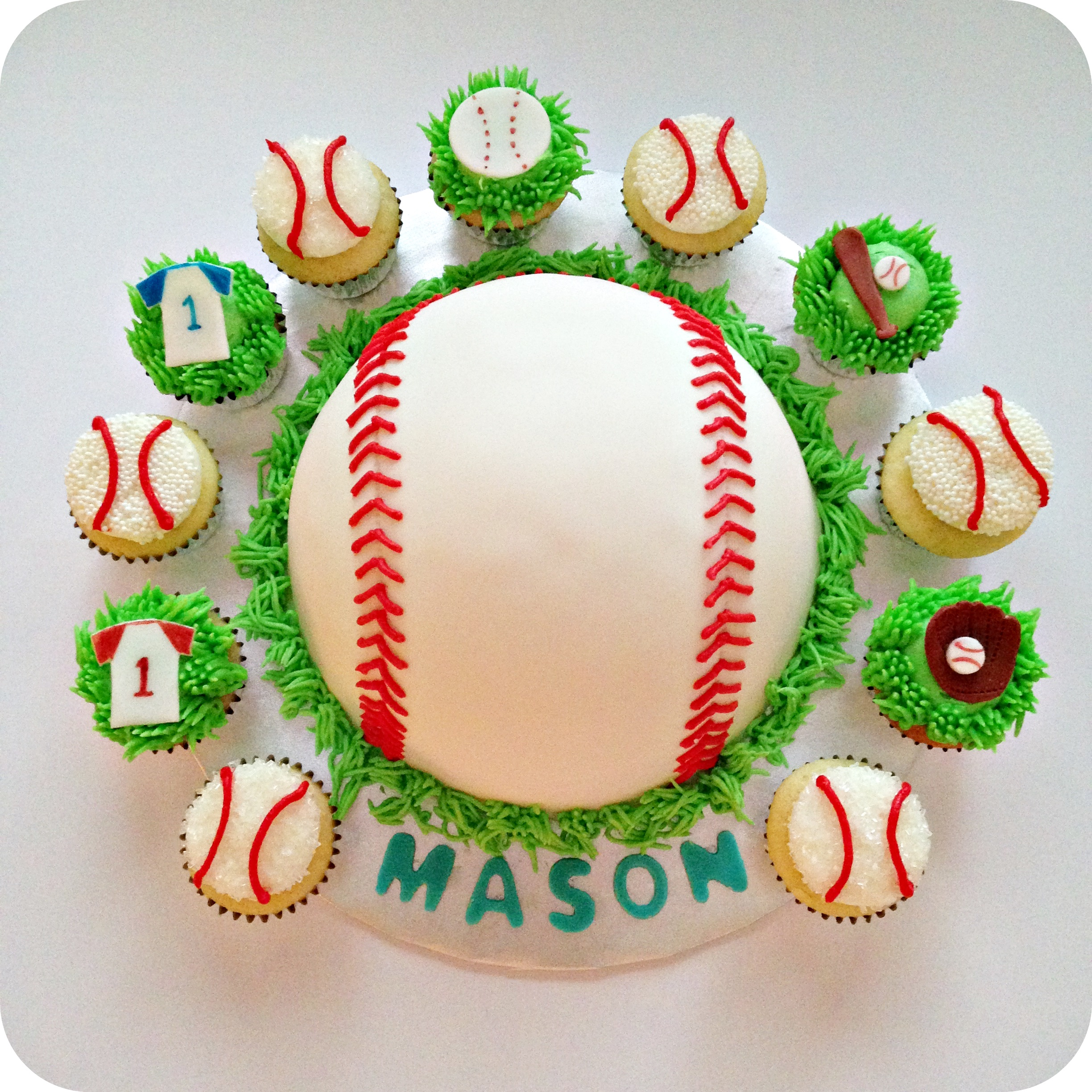 Baseball Themed Cakes And Cupcakes